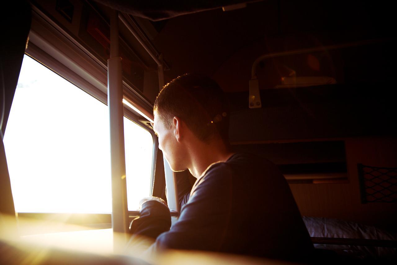 Life-of-Pix-free-stock-photos-Amsterdam-train-people-sunshine-flare-boy-Joshua-earle