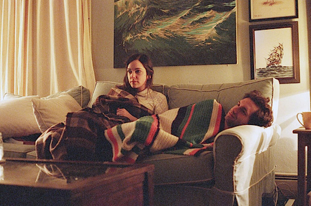 couple-watching-tv-together-courtesy-twyxt-1226x810