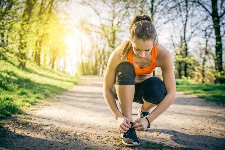 Fitness-Running-Girl-HD-Wallpapers