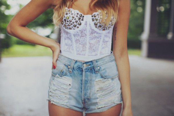 o4tp15-l-610x610-t+shirt-shorts-high+waisted+short-corset-white-studs-ripped+shorts-lace-denim+shorts-bustier-summer-summerish-summer+outfit-outfit-ripped+jeans-summer+shorts-cutoffs-white+bustier