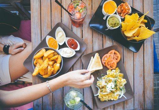 food-salad-restaurant-person-medium