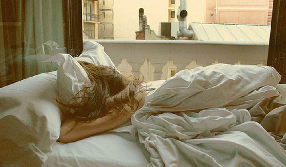sleeping-girl-239679_w1000