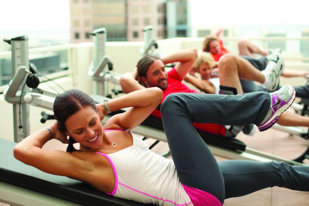 gravity-training-class-using-total-gym-equipment
