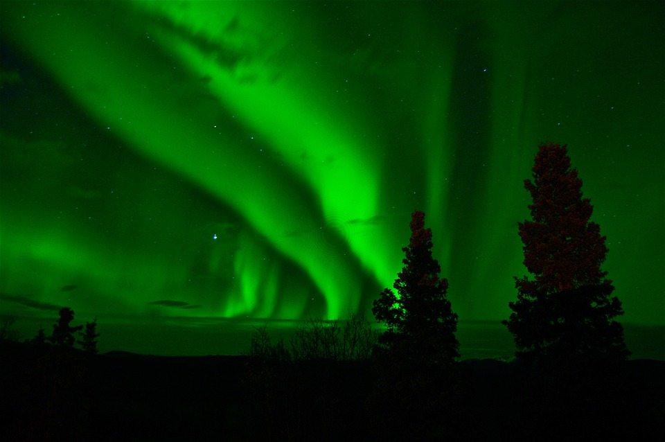 aurora-borealis-744351_960_720