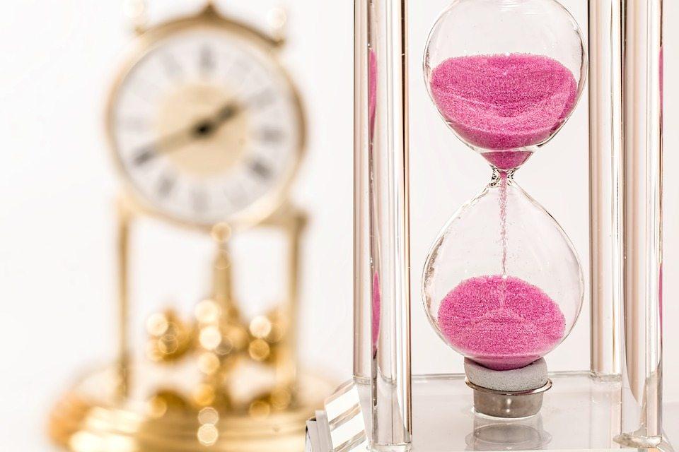 hourglass-1703330_960_720