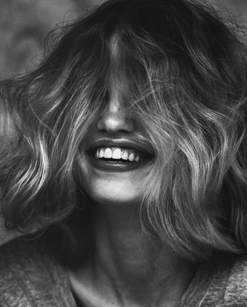 beautiful-black-and-white-girl-smile-Favim.com-1500482
