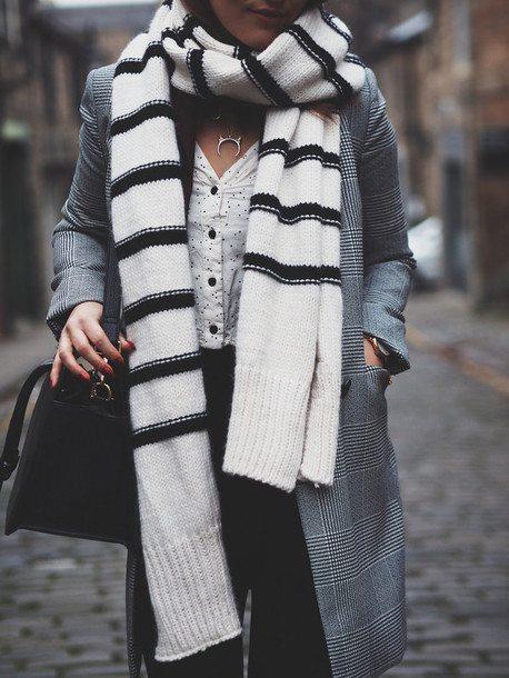 vtcmn7-l-610x610-scarf-tumblr-knittedscarf-stripes-coat-greycoat-printedcoat-shirt-whiteshirt-pants-blackpants-bag-blackbag-crescentpendant-pendant-necklace-jewels-jewelry-silvernecklace-si