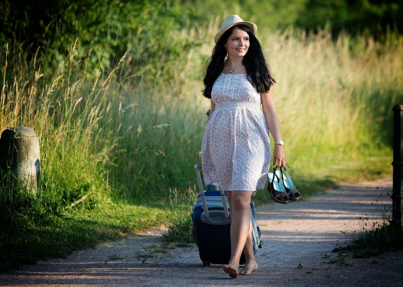 girl-summer-dress-pretty