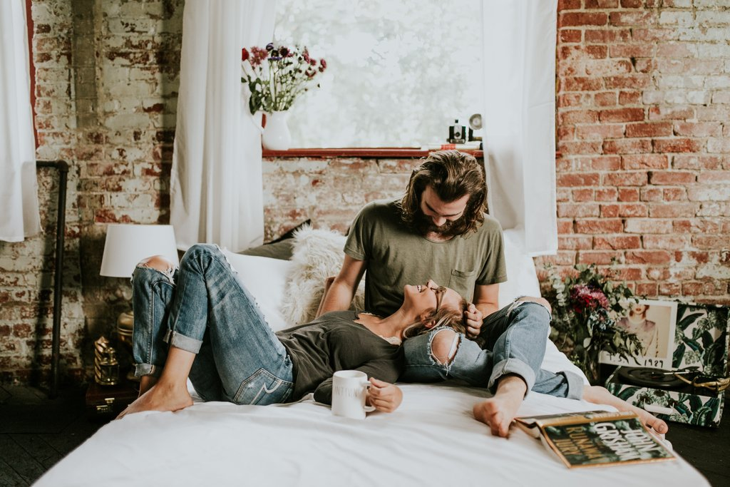 Cozy-Engagement-Photo-Shoot-Loft